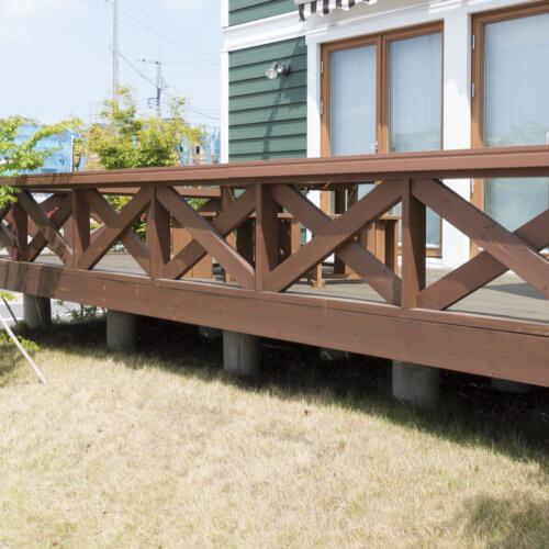 住宅 戸建て住宅のウッドテラス イメージ 施工例 北米調外観